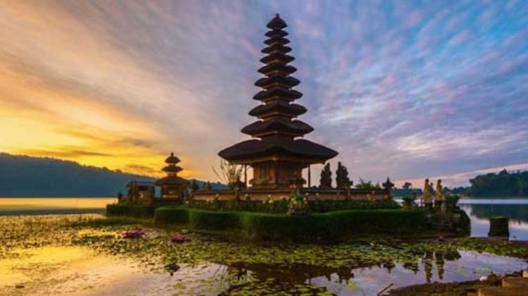10D9N Wisata Lombok