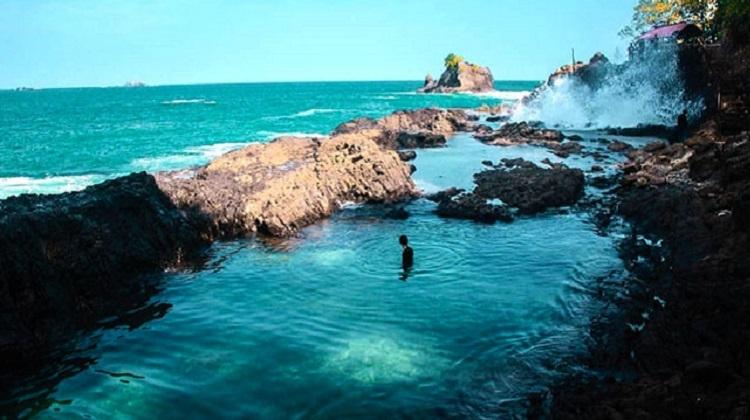 3D2N Wisata Teluk Kiluan