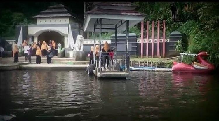 2D1N Ziarah Cirebon-Panjalu-Pamijahan
