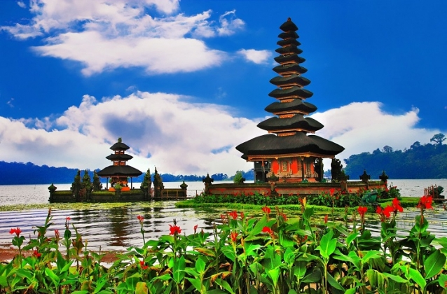 8D7N Wisata Bali